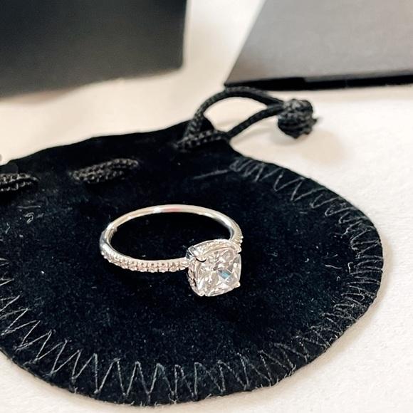 Glamira Authentic Swarovski Crystall Ring